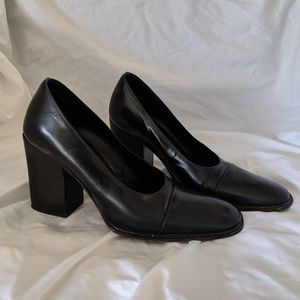 Gucci high heeled loafers
